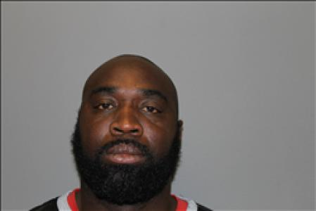 Shun Lamont Lewis a registered Sex Offender of South Carolina
