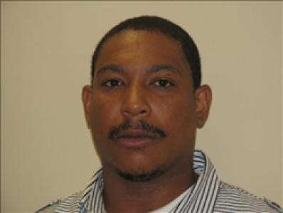 Antoine Lamont Mills a registered Sex Offender of Virginia