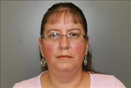 Carmen Dee Anderson a registered Sexual Offender or Predator of Florida