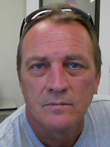 Thomas Wayne Brackett a registered Sexual Offender or Predator of Florida