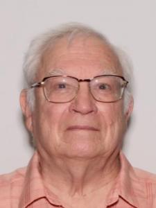 Michael Wayne Tiller a registered Sexual Offender or Predator of Florida