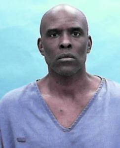 Dara Jermaine Davis Jr a registered Sexual Offender or Predator of Florida