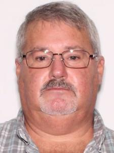 Charles Thomas Hutton Jr a registered Sexual Offender or Predator of Florida