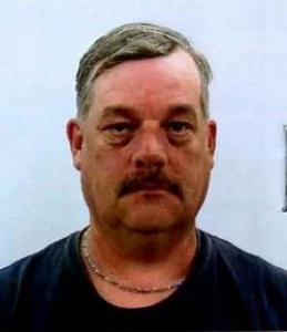 Robert T Rundstrom Jr a registered Sex Offender of Maine