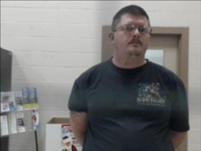 Travis T Gearhart a registered Sex, Violent, or Drug Offender of Kansas