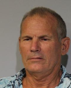 Tilman G Mueller-dombois a registered Sex Offender or Other Offender of Hawaii