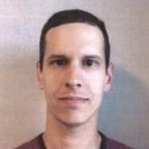 Raymond J. Houle Jr a registered Criminal Offender of New Hampshire