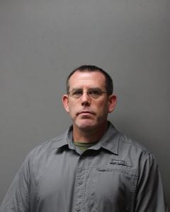 Travis Wayne Miller a registered Sex Offender of West Virginia