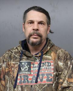 Larry E Cricks a registered Sex Offender of West Virginia