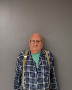 Albert Darrell Newlin a registered Sex Offender of West Virginia