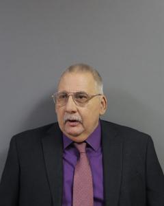 Carl David Helton a registered Sex Offender of West Virginia