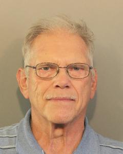 Larry M Hundagen a registered Sex Offender of West Virginia