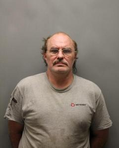 Justin S Dickinson a registered Sex Offender of West Virginia