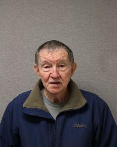 Dewey D Gunter a registered Sex Offender of West Virginia