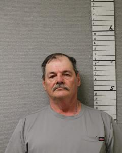 Michael George Naylor a registered Sex Offender of West Virginia