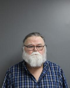 Dale Clifford Earl a registered Sex Offender of West Virginia