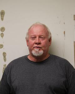 Roger Lynn Summers a registered Sex Offender of West Virginia