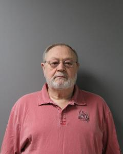 Larry Edward Clonch a registered Sex Offender of West Virginia