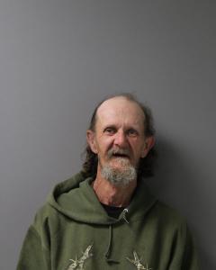 Dennis Lee Sturgeon a registered Sex Offender of West Virginia