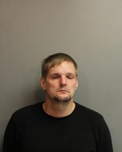Larry Gail Courtney a registered Sex Offender of West Virginia