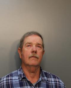 Gary Lynn Lyons a registered Sex Offender of West Virginia