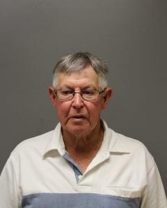Larry Arland Nichols a registered Sex Offender of West Virginia