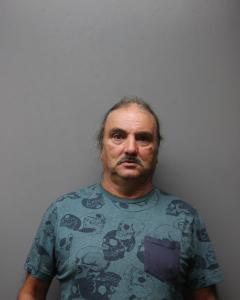 Ronial Lee Upton a registered Sex Offender of West Virginia