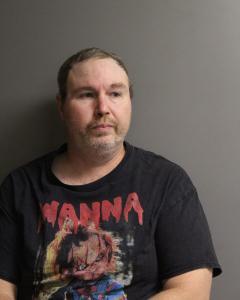 Christopher Jason Kerns a registered Sex Offender of West Virginia
