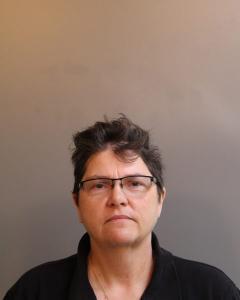 Lora Renee Richardson a registered Sex Offender of West Virginia