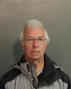 Virgil Elwood Lipscomb a registered Sex Offender of West Virginia