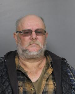 Larry Roger Simmons a registered Sex Offender of West Virginia