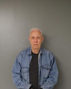 Thomas J Davis a registered Sex Offender of West Virginia