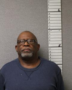 Larry Romeinz Hoskins a registered Sex Offender of West Virginia