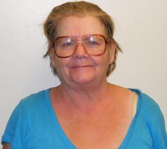 Loretta Jane Runions a registered Sex Offender of Tennessee