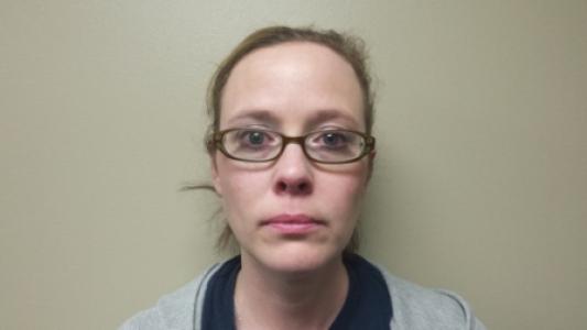 Rikki Anita Earnest a registered Sex Offender of Tennessee