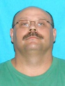Roy Fred Manis a registered Sex Offender of Tennessee