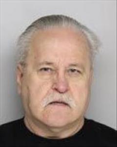 Floyd Earnest Hunt a registered Sex Offender of California