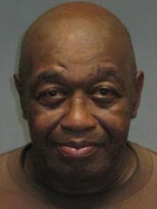 Freddie Davis a registered Sex Offender of California
