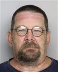 Larry Michael Hammitt a registered Sex Offender of California