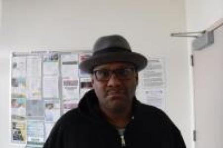 Raymond L Mcdonald a registered Sex Offender of California