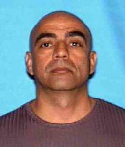 Robert Quiroz Perez a registered Sex Offender of California