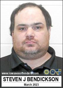 Steven James Bendickson a registered Sex Offender of Iowa