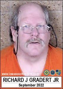 Richard John Gradert Jr a registered Sex Offender of Iowa