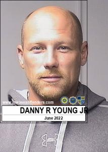 Danny Ray Young Jr a registered Sex Offender of Iowa