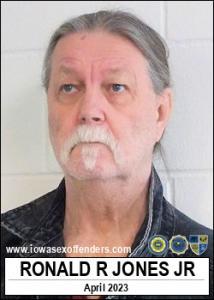 Ronald Roy Jones Jr a registered Sex Offender of Iowa