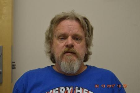 Douglas Wayne Everett a registered Sex Offender of Alabama