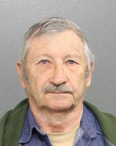 Harold Edward Case, Sr a registered Sex Offender of Georgia