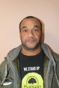 Roberto J Santiago a registered Sex Offender of Massachusetts
