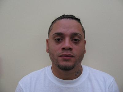 Nicholas D Guzman a registered Sex Offender of Massachusetts