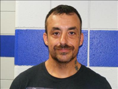 Reyes Osuna Campos a registered Sex, Violent, or Drug Offender of Kansas
